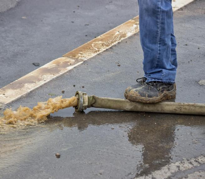 Desentupimento e limpeza de manutenção em fossas