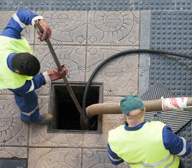 Limpeza de esgotos industriais
